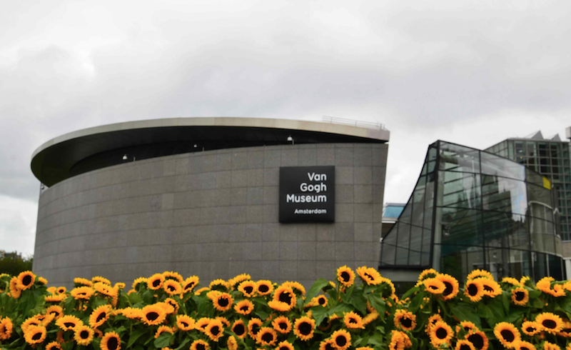 Van Gogh Museum Amsterdam - International Locals